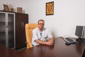 Д-р Огнян Младенов