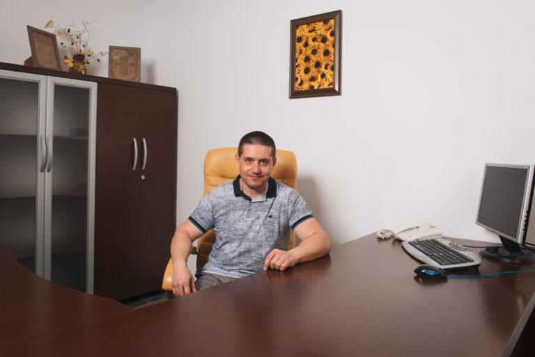 Д-р Николай Неделчев